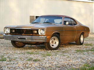 73 Gold Duster 318-4speed