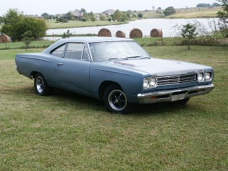 69 Roadrunner post 4-speed